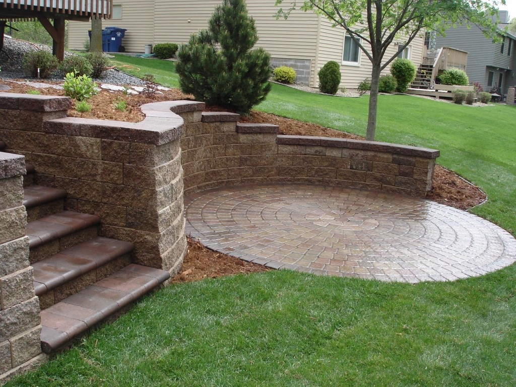 Retaining Wall Designs Minneapolis | Minneapolis ... on Backyard Wall Design id=75348